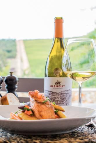 Glenelly Estate Reserve Chardonnay met zalm